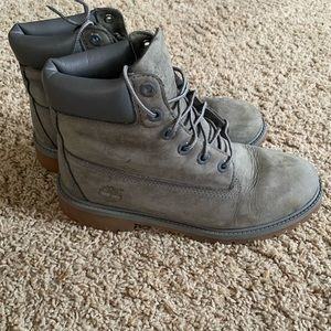 Timberland gray lace up boots size 6
